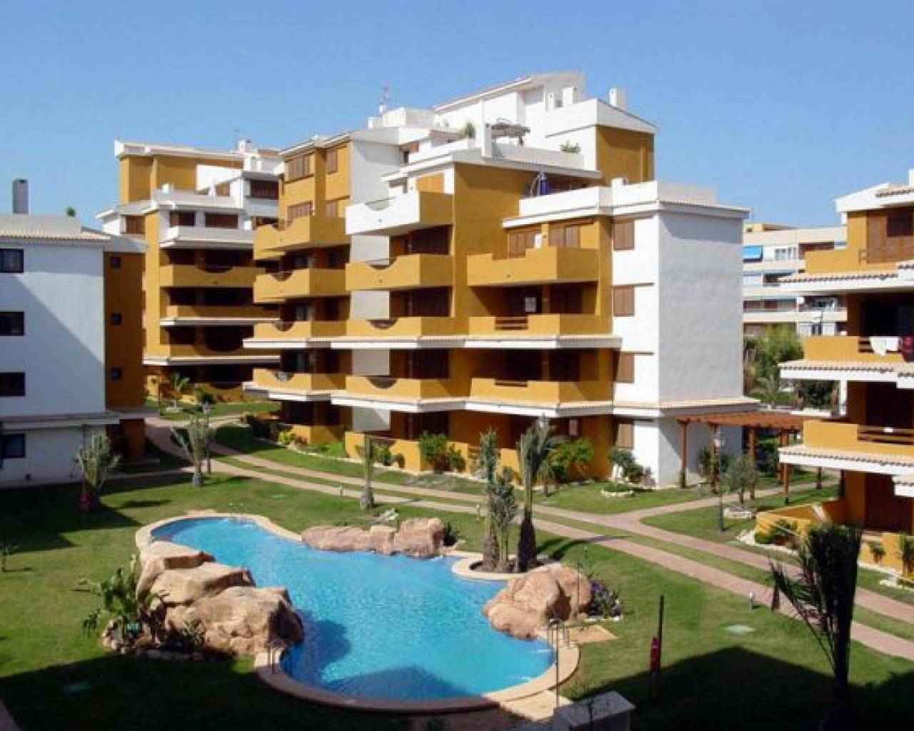 Apartment · Resale · Torrevieja · Punta Prima