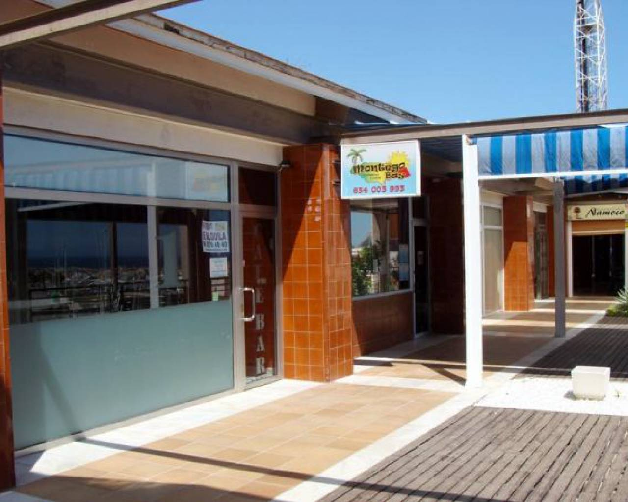 Business premises - Resale - Orihuela Costa - Villamartin Golf